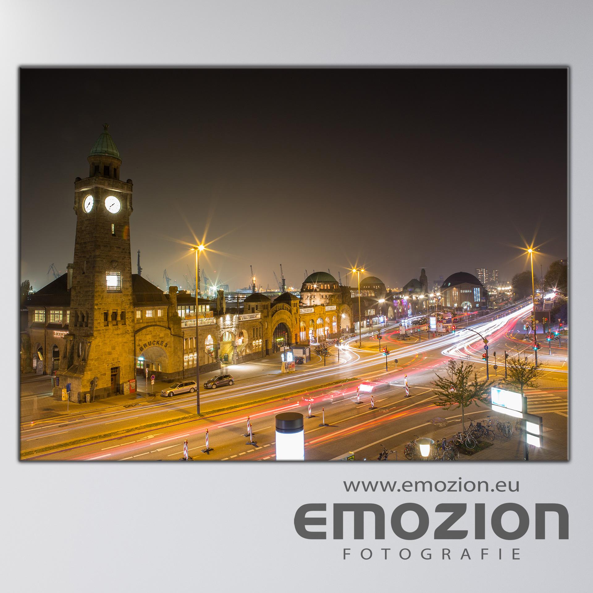 Leinwand-Bild - Motiv:Landungsbrücken Hamburg - EMOZION - Fotograf Sascha Block